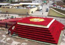 monumento rosas ecuador